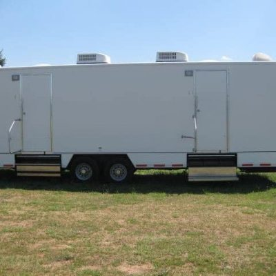 large-restroom-trailer-for-weddings-.jpg