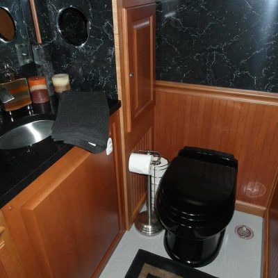 portable-toilets-with-black-sink.jpg