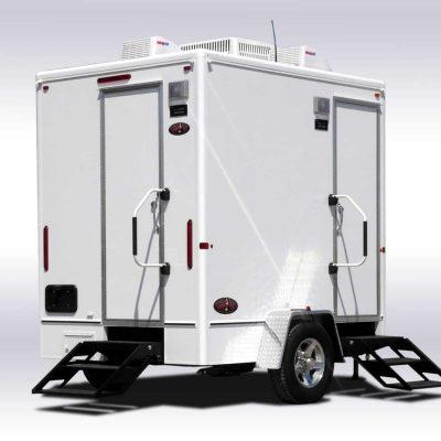 restroom-trailer-for-weddings.jpg