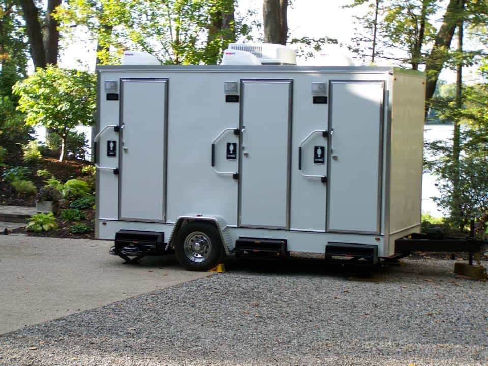 Luxury Restroom Trailers for Weddings | Events | Grand ...